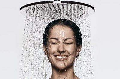 Под горячим душем