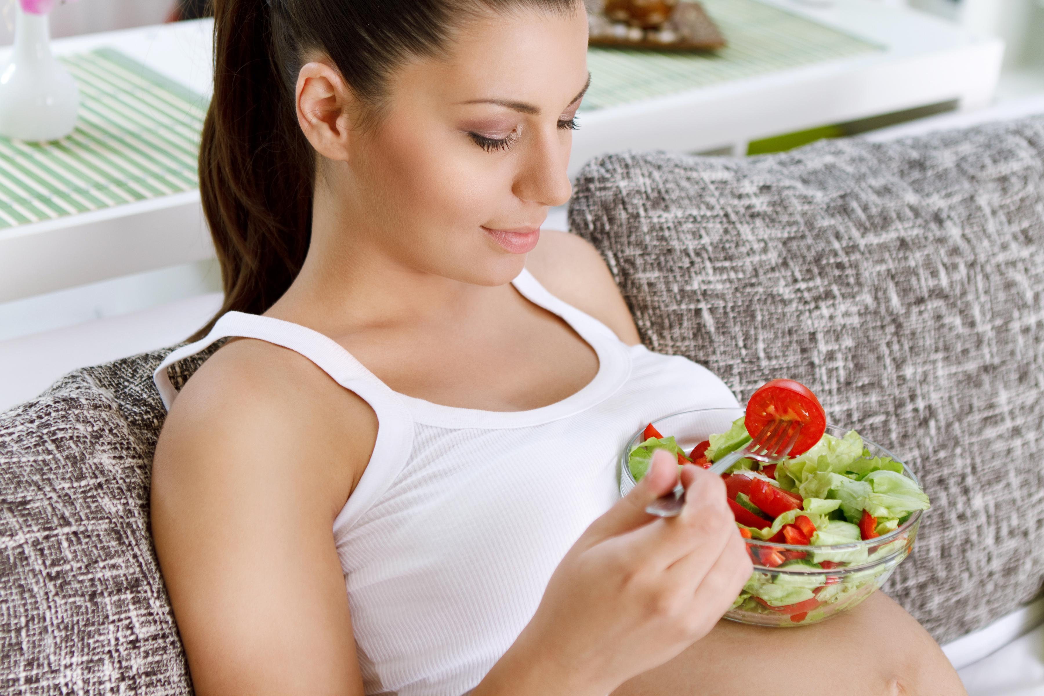Беременная питание