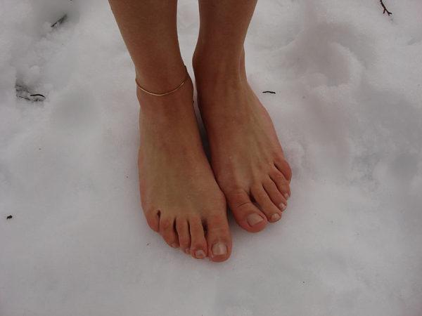 Босиком по снегу
