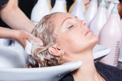Лечение волос в салоне красоты