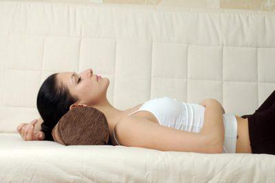 Подушка валик для сна